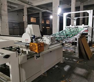 FWH-1800型全自动蜂窝纸板复合生产线
